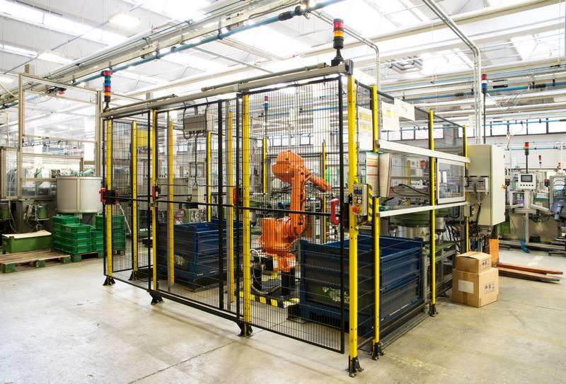 entnahmeroboter-doenmez-sondermaschinenbau-lehrte-hannover